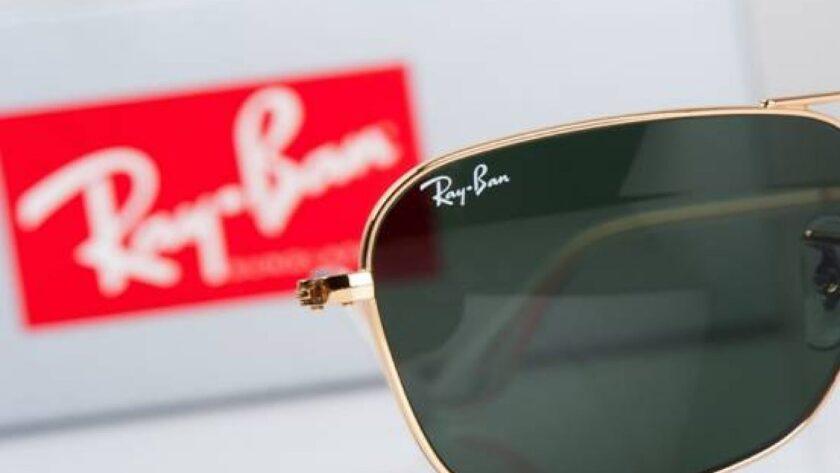 Iconic Ray Ban Glasses