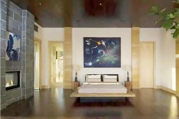 Rory Gates Xanadu Bedroom